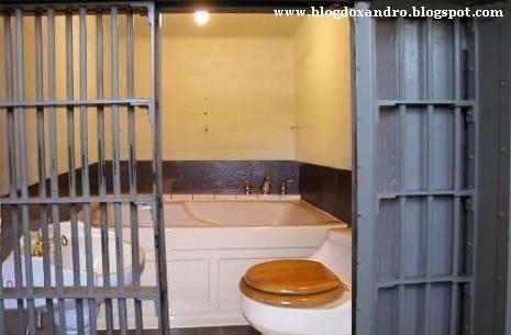 http://4.bp.blogspot.com/_X643PcxIPVk/SwZCO4rY7gI/AAAAAAAAeHo/yLrQc50yjg0/s1600/cela-de-luxo.jpg