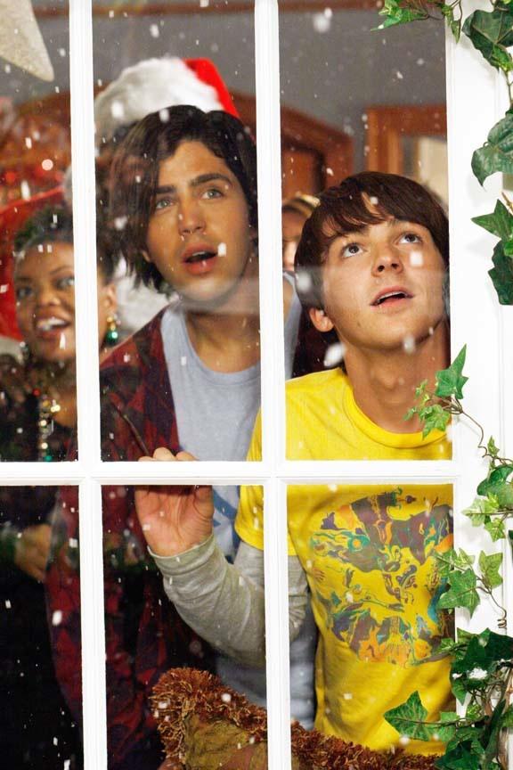 [Drake+&+Josh+christmas+tv.jpg]
