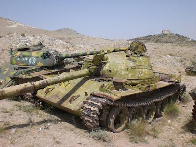 القوات البرية العربية الجزء الأول : الدبابات (2) (شــــــــــــــــــــــــــــــــــــــــــــــــامل) Old%2Btanks