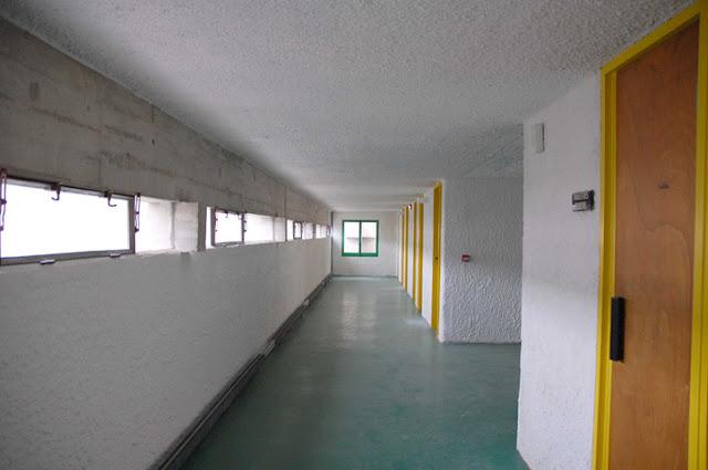 Couvent de la Tourette par Le Corbusier DSC_0011
