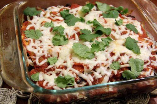 ... Life: What's For Dinner: Mushroom-Black Bean Tortilla Casserole