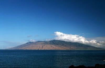 Pu'u Kukui from Wailea, Maui, Sep. 2003