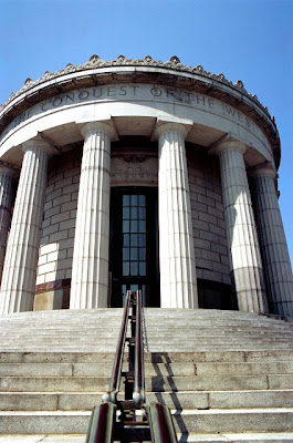 Closer view of the George Rogers Clark Memorial