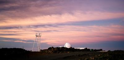Mees Solar Observatory at sunrise, Dec. 2008