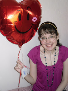 http://4.bp.blogspot.com/_XD-IASaspSg/S5S0ilZjiHI/AAAAAAAAAMg/LsfvvOjyQAY/s320/Tor+Tremlett+and+balloon+sm.jpg
