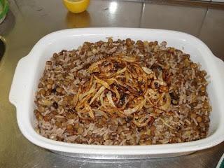 مجدرة العدس ابوجبة .. وجبة اقتصادية ومفيدة