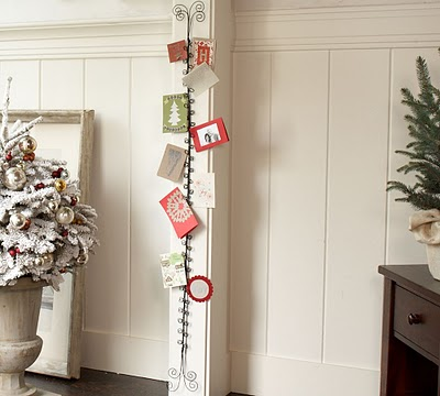 nicole 39 s crafting adventure hanging christmas cards. Black Bedroom Furniture Sets. Home Design Ideas