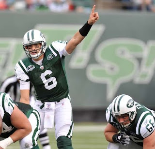 Jets Hold On for 19-13 Win