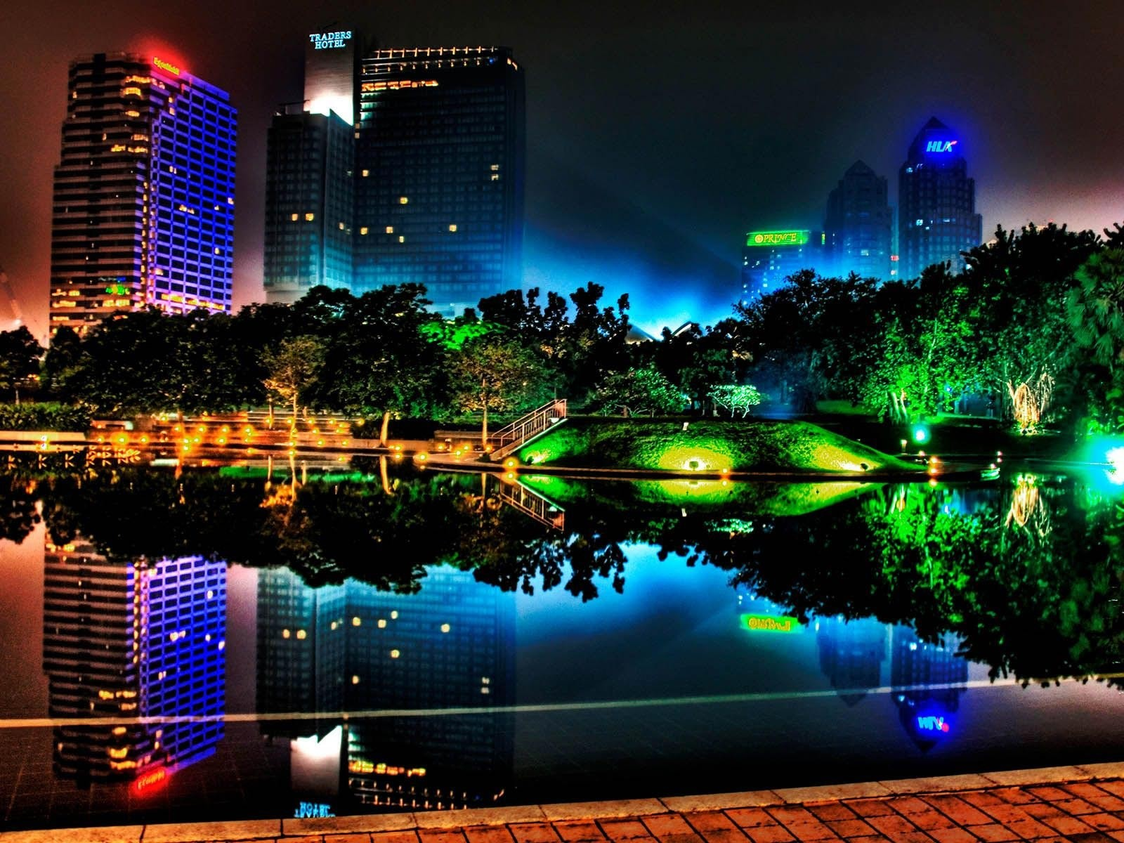 http://4.bp.blogspot.com/_XF_J0xP6x-w/TQ5Oh8tp0aI/AAAAAAAAAnE/a10pQuVaCq4/s1600/Night-Neon-1600x1200.jpg