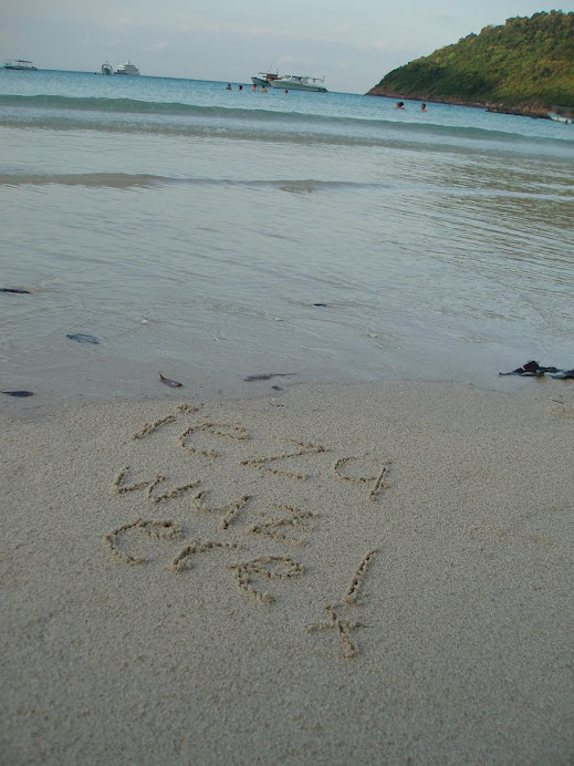 i luveee beaches so much!! =)
