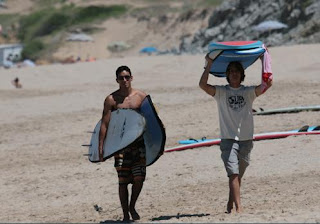Young, cool and surfers