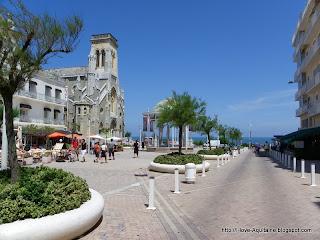 Square Saint-Eugénie
