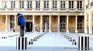 Colonnes de Buren in Paris