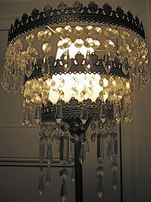 Ikea hacker: Vendesi lampadari per tutte le tasche!