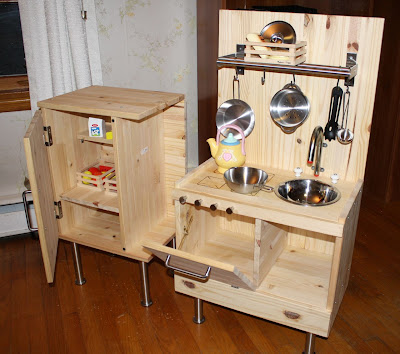 IKEA Hackers: Child's Play Kitchen Set