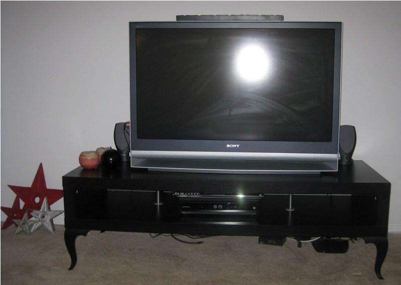 Tv stand lacking a troll for Ikea trollsta cabinet
