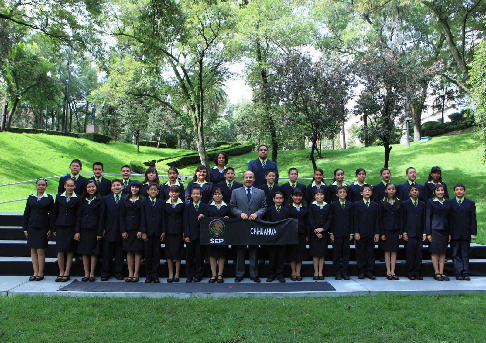 Olimpiada del conocimiento chihuahua 2010 foto delegacion for Jardin infantil los pinos