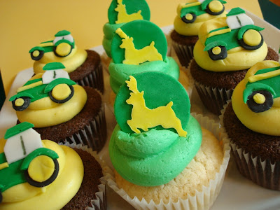 Happy Birthday Pepe Uploaded By: nursey. Cupcakes for a John Deere themed