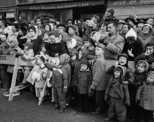 Life Style Vintage Macys Parade