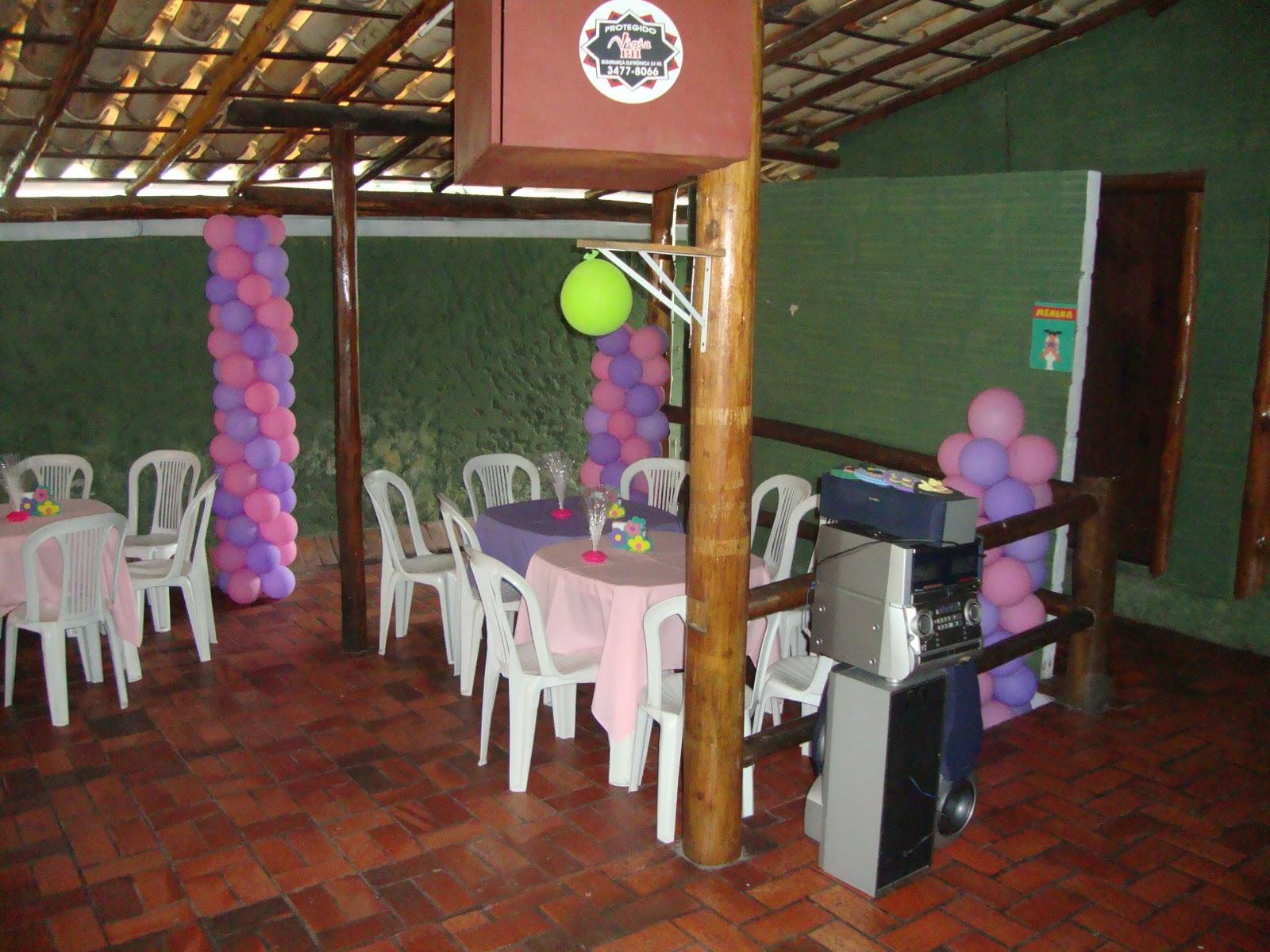http://4.bp.blogspot.com/_XLIuhncTfGk/TMgDoqUjhGI/AAAAAAAAAAw/a3czVWiaTQA/s1600/Niver+04+Anos+-+Princesas+028.jpg