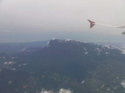 Keseluruhan Gunung Kinabalu Terlihat