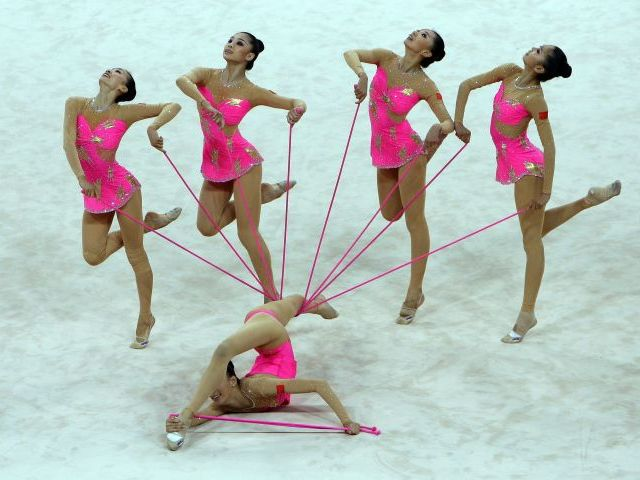 Gimnasia ritmica d conjuntos en la gimnasia ritmica for Gimnasia informacion