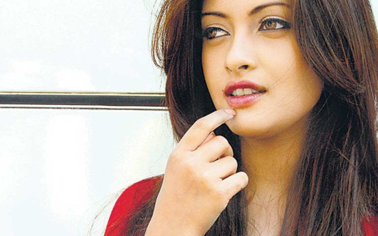 wallpapers   Actress Wallpapers   Hot Wallpapers  Riya sen Wallpapers