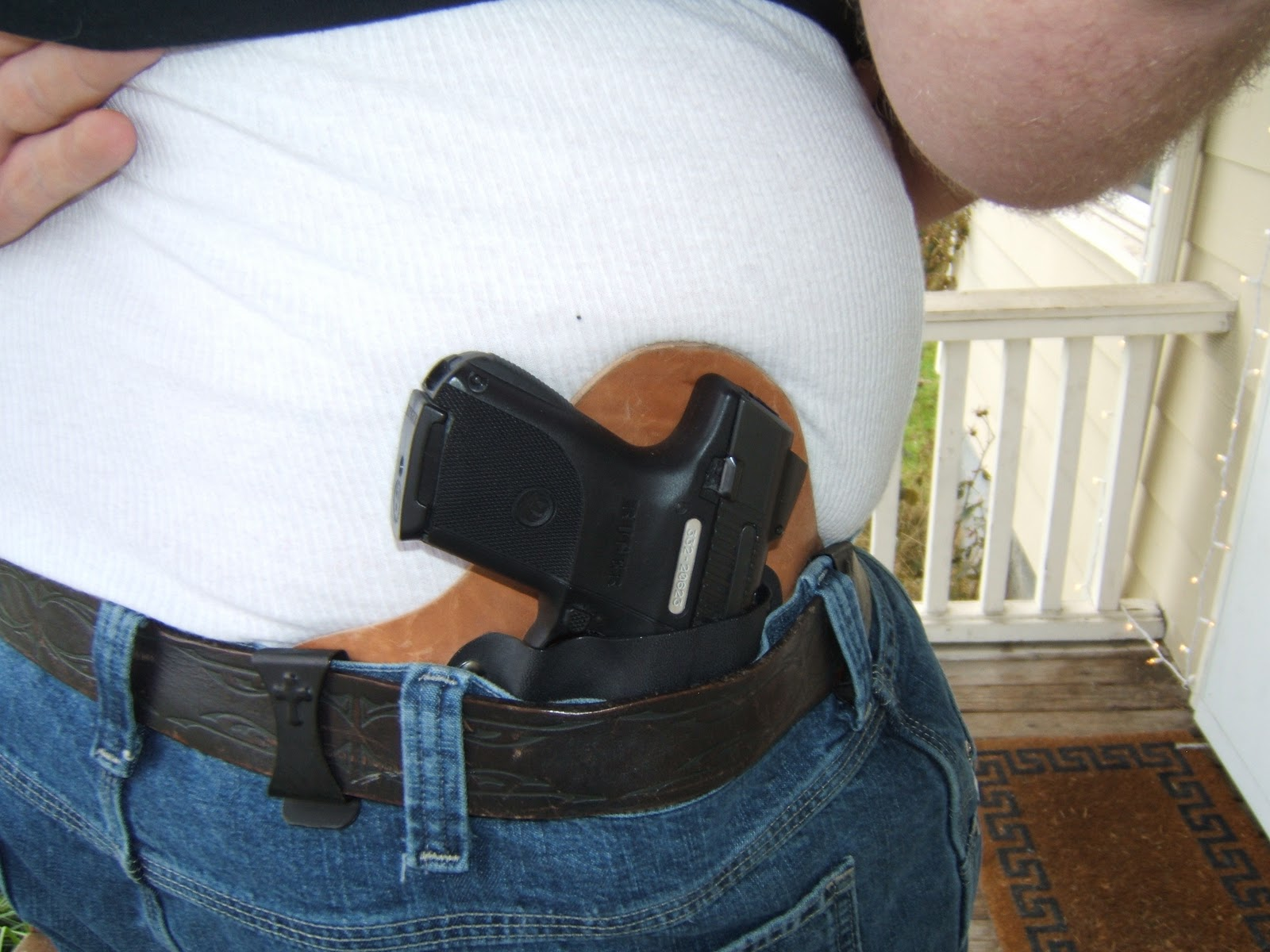 CrossBreed Holsters Riggers Nylon Belt is a heavy duty gun belt strong enough to carry your concealed carry, or range gear.