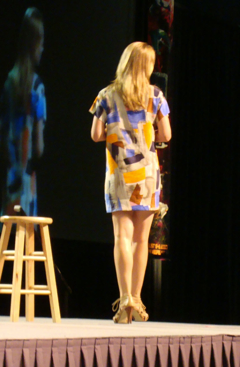 Convention - Jeri Ryan