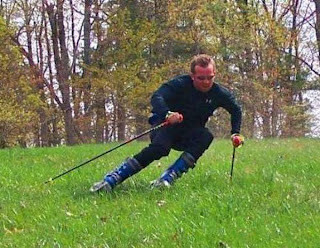 Amazing Photos: Amazing Grass Skiing