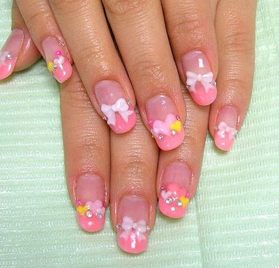 Crazy Hello Kitty & gumdrop nail art. 500x_nails1113009 nail art.
