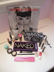 Holiday Giveaway by Funny Face Beauty