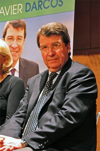 Xavier Darcos à Périgueux avant le vote des élections régionales en mars 2010
