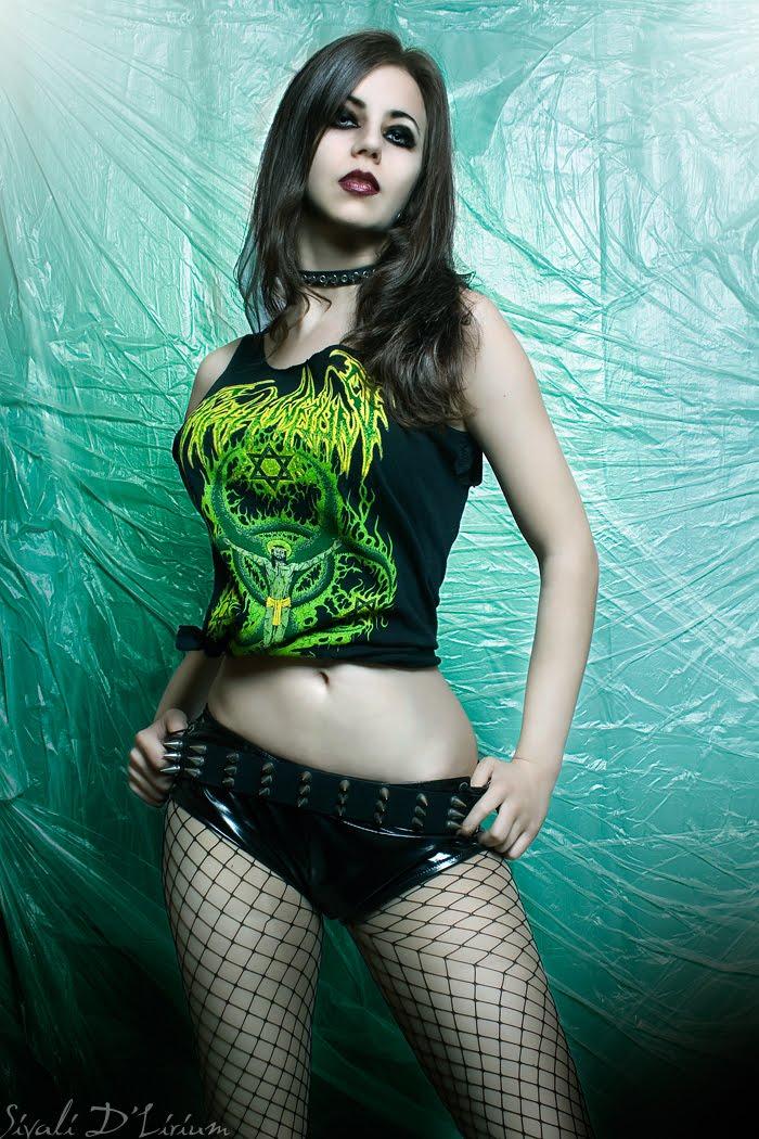 Miniskirt sexy goth girls test porn muscular
