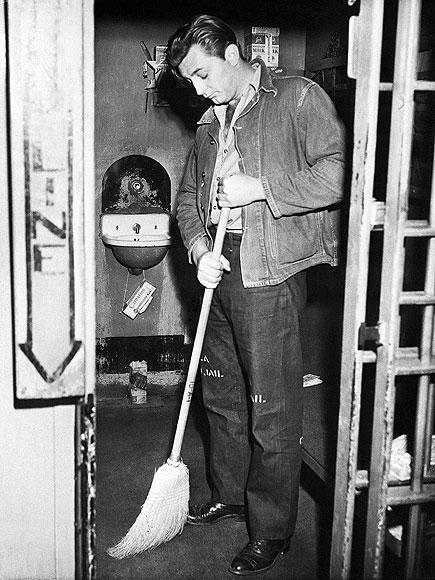 Robert Mitchum Jail