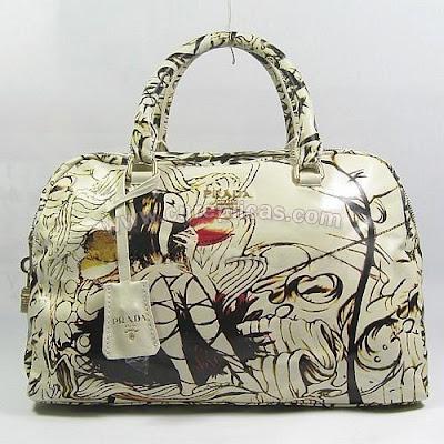 prada+purse.jpg