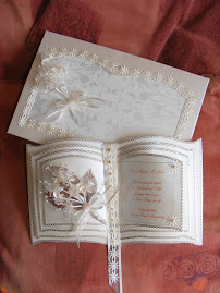 Pearl wedding card with box