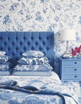 mavi+beyaz+yatak+ortusu Dekorasyonda mavi beyaz