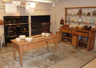 Old kitchen - No mod cons