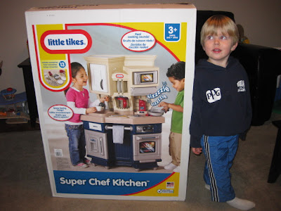 Little Tikes - Super Chef Kitchen™ - Review! - MomSpotted