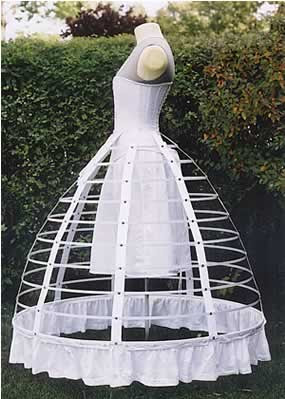 cage crinoline @ marielscastle.blogspot.com