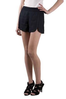 erin_brinie_navy_shorts@http://marielscastle.blogspot.com