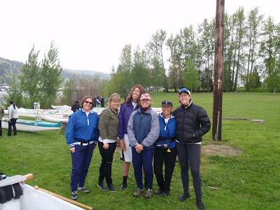 Bend Oregon Outrigger's all women team