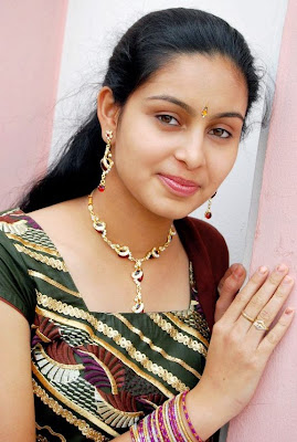 actress-Abhinaya-Latest-hot-stills-in-salwaar-003.jpg (575×854)