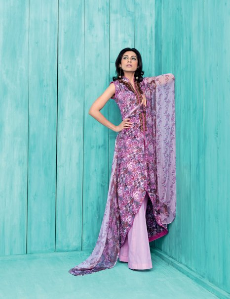 12414 104334549596257 100000591383382 116949 4849652 n - GUL AHMED Summer Collection 2010...!