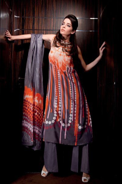 26127 104317642931281 100000591383382 116467 1108224 n - GUL AHMED Summer Collection 2010...!
