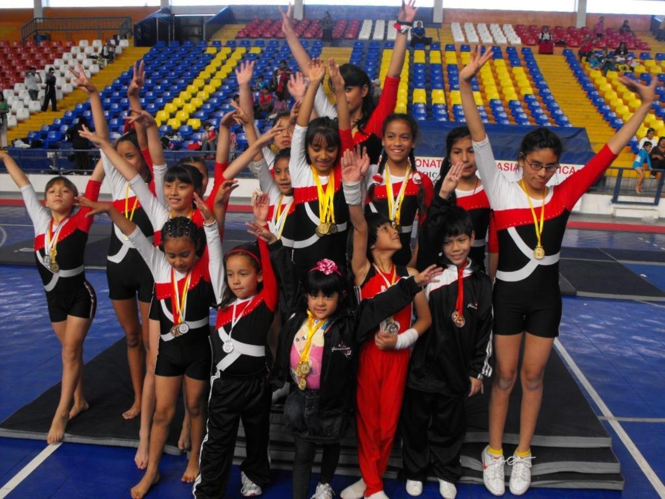 Deportes sin l mite callao rompi fuegos en 1er for Deportes de gimnasia