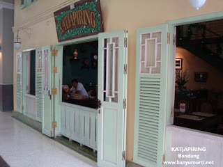 Kuliner 80 - Resto KATJAPIRING, Bandung