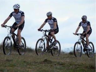 Carlos, César y Ramón durante un entrenamiento