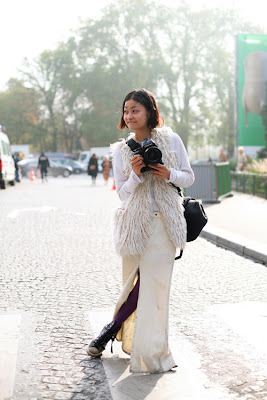lady photographer stylish fashion